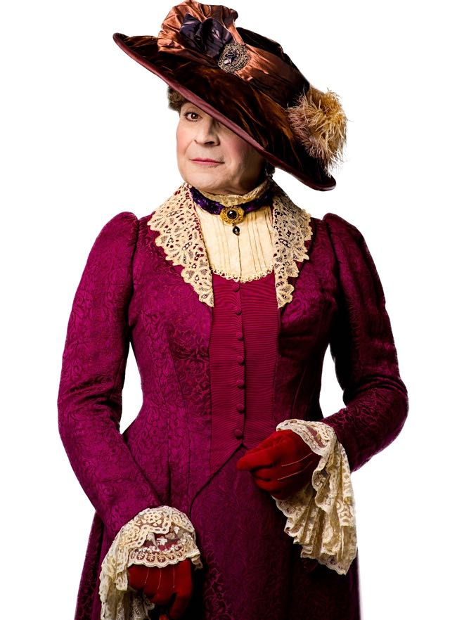 David Suchet as Lady Bracknell (photo credit Hugo Glendinning)